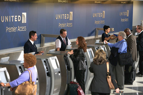 American Airlines Travel Agent Help Desk