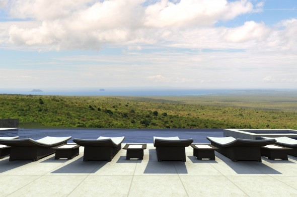 Travel to the Galapagos with Luxury Resort