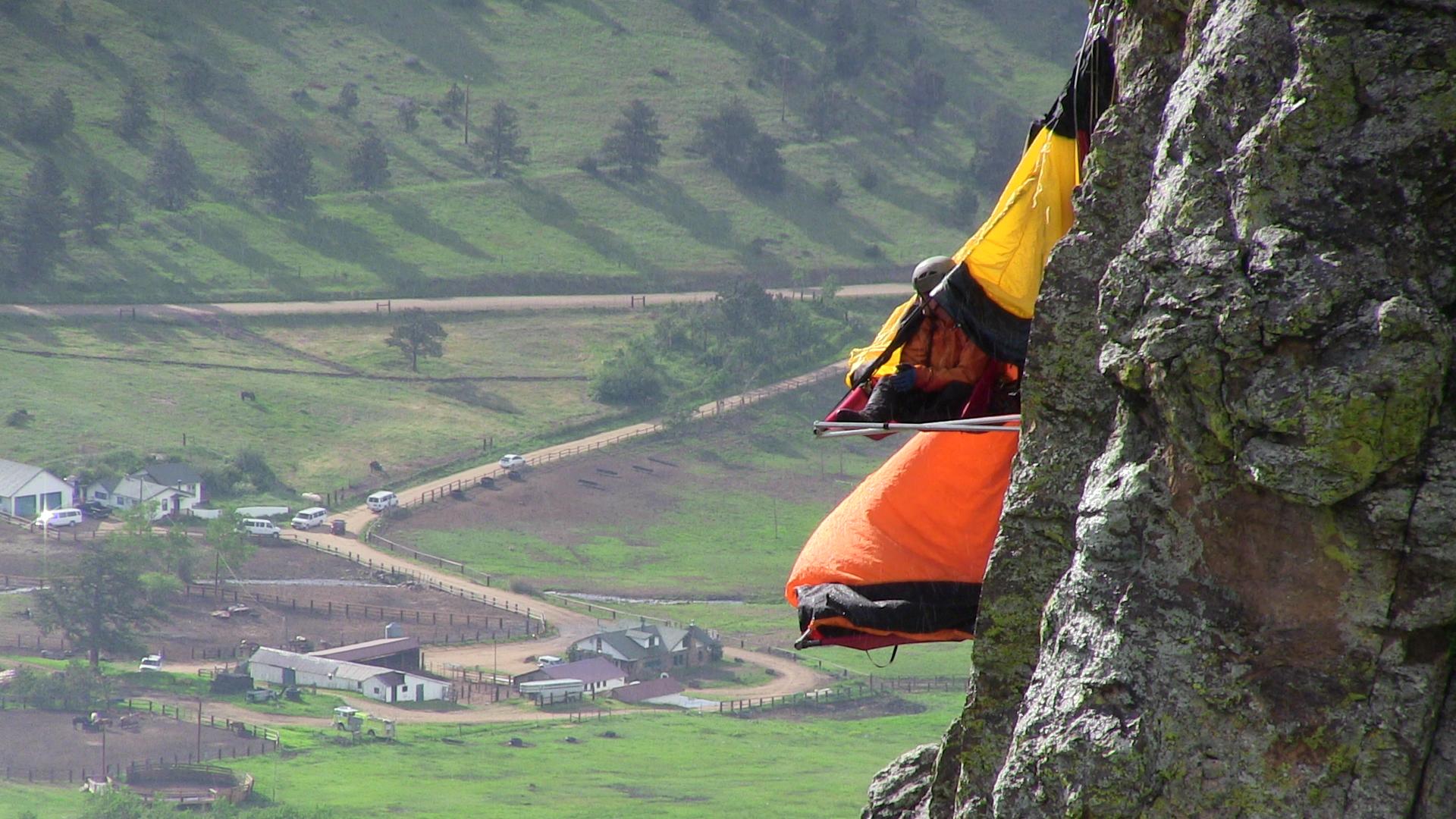 camping cliffs in colorado