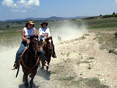 Hidden Trails Equestrian and Outdoor Vacation Specialist