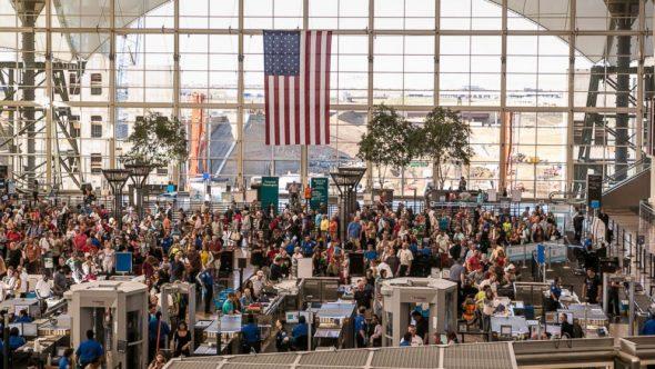 GTY_airport_holidays_jtm_131108_16x9_992-590x332.jpg