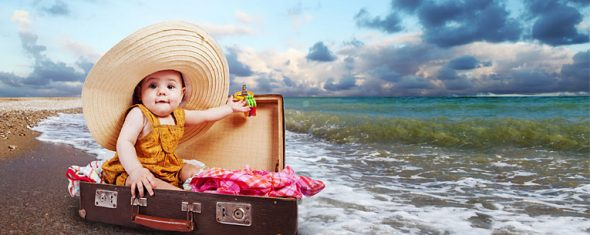 checklist-traveling-toddlers-590x235.jpg